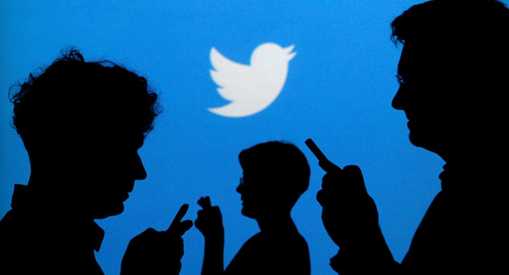 Twitter advises users to change passwords after patching a bug