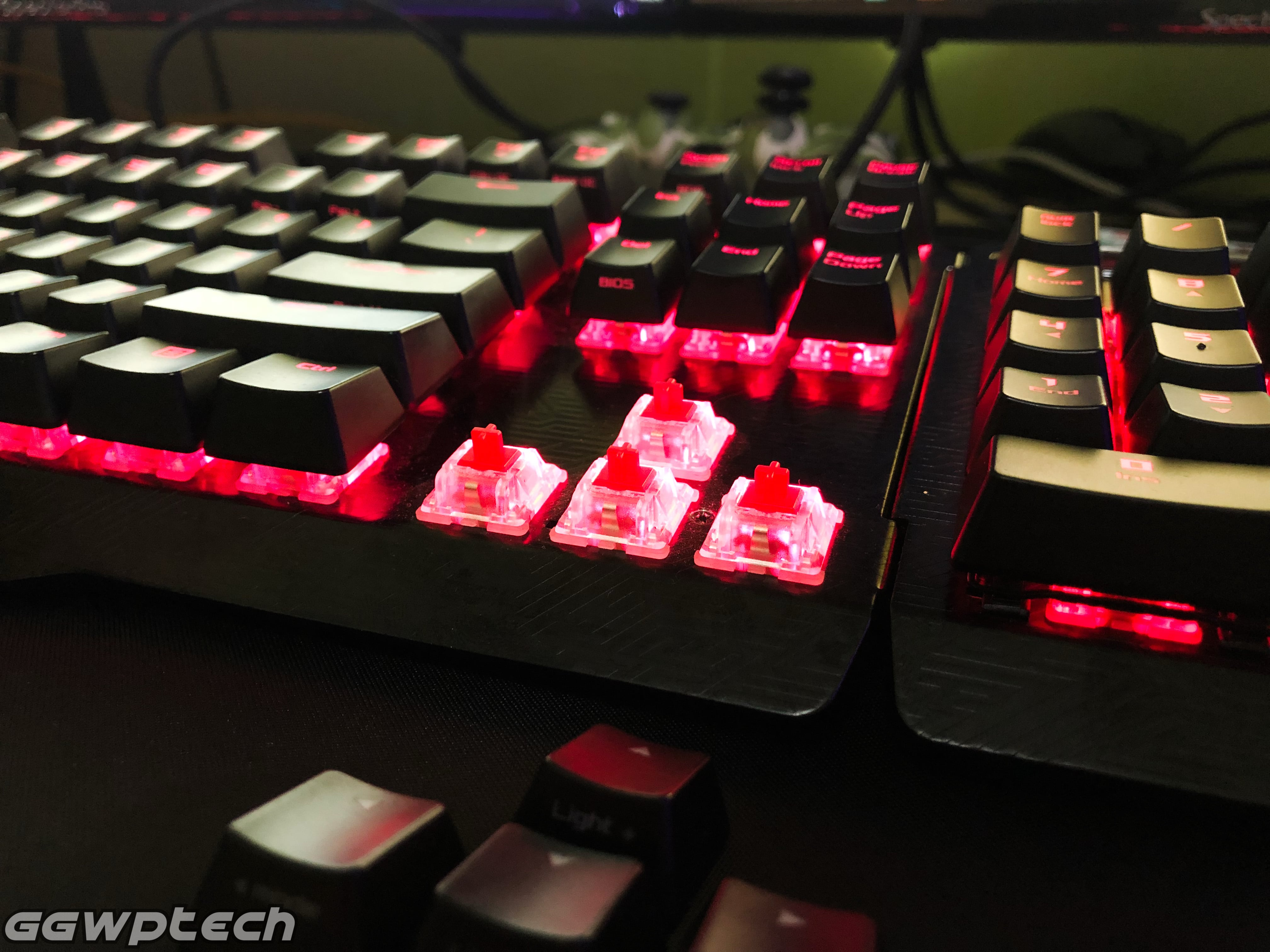 REVIEW   ROG Claymore Gaming Mechanical Keyboard – When You Absolutely Have To Be Extra