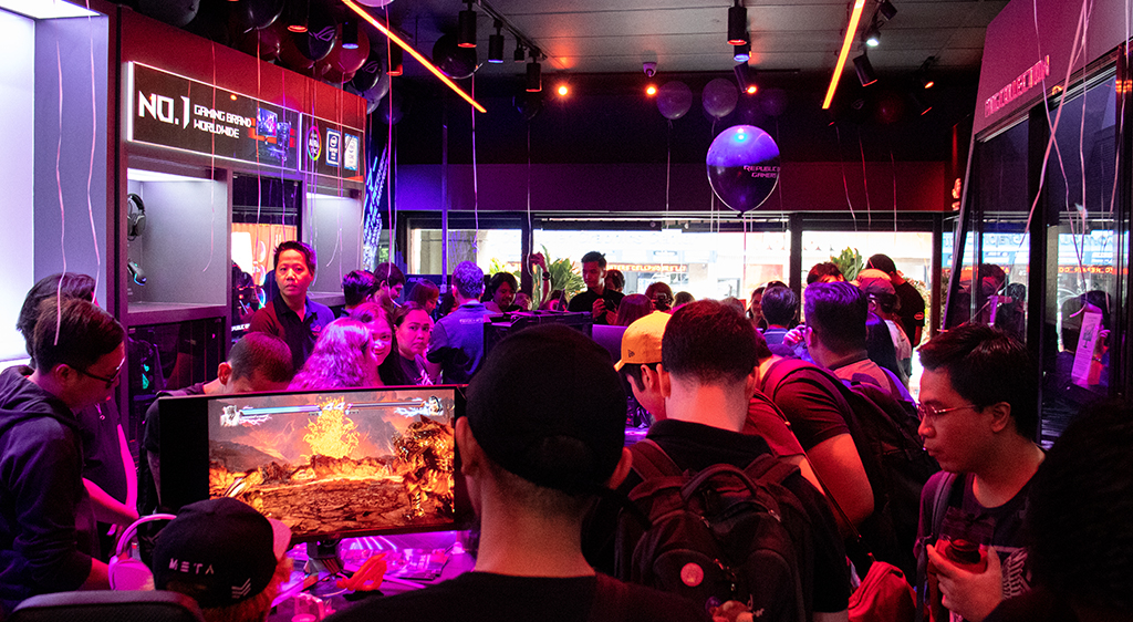 ASUS Republic of Gamers Opens Concept Store In Gilmore and Announces New Product